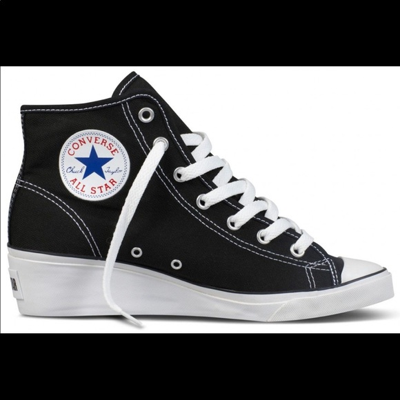 a7077ca792fb Converse Shoes
